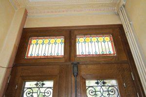 rénovation fabrication portes anciennes vitrée