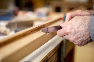 menuiserie professionnelle pour porte anciennes en bois