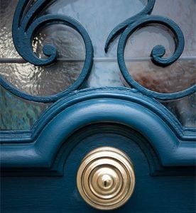 réalisation fabrication portes anciennes menuiserie