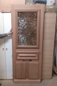 Reproduction isolante de porte ancienne, fabrication